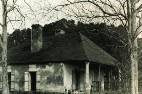 Family LaBranche Dependency House