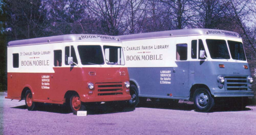 Early Bookmobiles