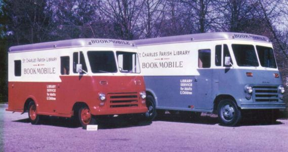 Early Bookmobiles - Image